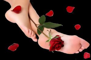 Уход за кожей ног в зимнее время года