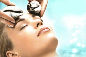 массаж раковинами лица и шеи